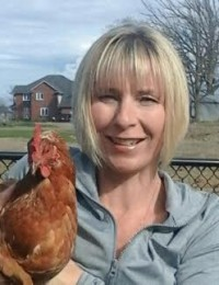 Jo and Chicken